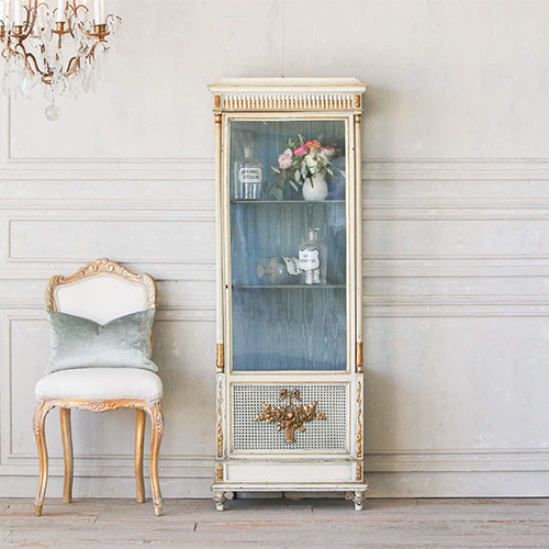 Eloquence® Antique Vitrine with Flower Basket Motif*